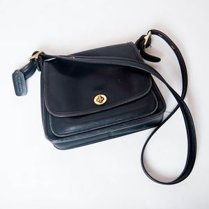 Vintage coach black crossbody bag leather